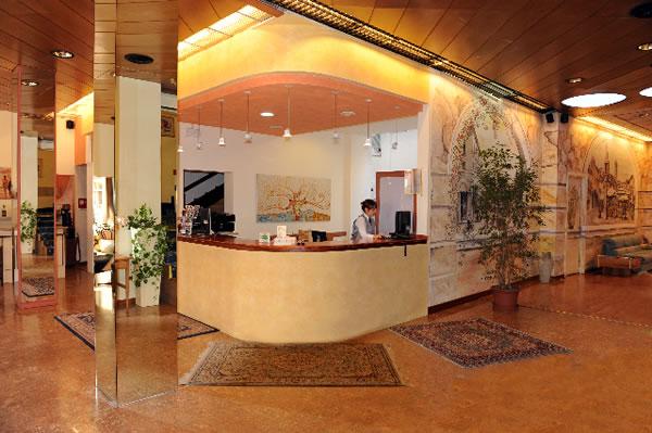 Hotel Italia Verona Reception